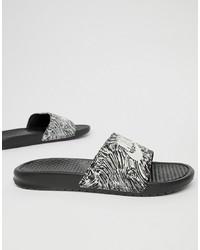 schwarze bedruckte Gummi Sandalen von Nike