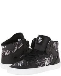 schwarze bedruckte hohe Sneakers