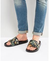 schwarze bedruckte Sandalen von Asos
