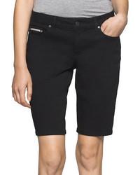 schwarze Bermuda-Shorts aus Jeans