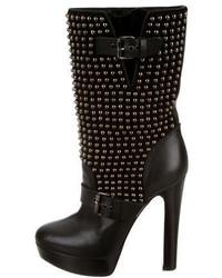 schwarze beschlagene Leder mittelalte Stiefel