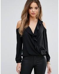 schwarze Bluse mit Rüschen von Lipsy