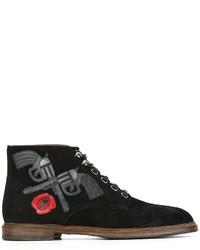 schwarze Brogue Stiefel aus Wildleder