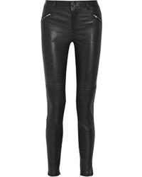 schwarze enge Hose aus Leder