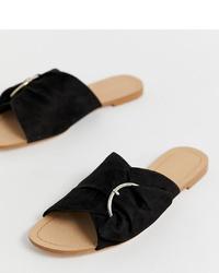 schwarze flache Sandalen aus Wildleder von Stradivarius