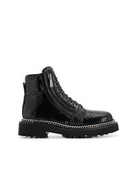 schwarze flache Stiefel mit einer Schnürung aus Leder von Balmain