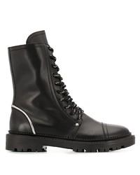 schwarze flache Stiefel mit einer Schnürung aus Leder von Casadei