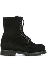 schwarze flache Stiefel mit einer Schnürung aus Wildleder von Ermanno Scervino