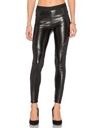 schwarze gesteppte enge Hose aus Leder