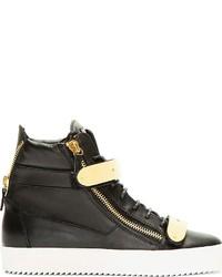 schwarze hohe Sneakers aus Leder