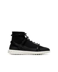 schwarze hohe Sneakers aus Segeltuch von Valentino