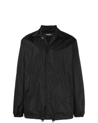 schwarze Jacke mit einer Kentkragen und Knöpfen