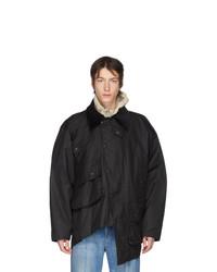 schwarze Jacke mit einer Kentkragen und Knöpfen von Y/Project