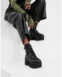 schwarze klobige flache Stiefel mit einer Schnürung aus Leder von ASOS DESIGN