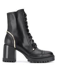 schwarze klobige flache Stiefel mit einer Schnürung aus Leder von Casadei
