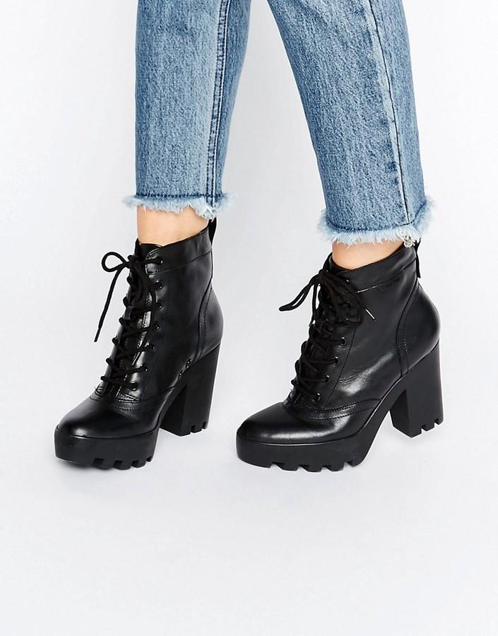 schwarze klobige Schnürstiefeletten aus Leder von Calvin Klein Jeans