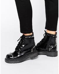 Schwarze klobige Schnürstiefeletten aus Leder von T.U.K.