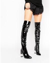 schwarze kniehohe Stiefel von Missguided