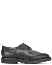 schwarze Leder Brogues von Thom Browne