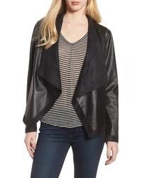 schwarze Leder Jacke mit einer offenen Front