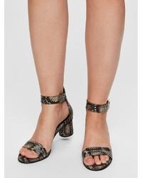 schwarze Leder Sandaletten mit Schlangenmuster von Selected Femme