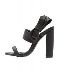 Schwarze Leder Sandaletten von Missguided