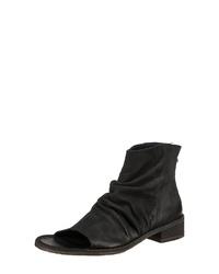 schwarze Leder Stiefeletten mit Ausschnitten von JOLANA & FENENA