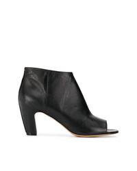 schwarze Leder Stiefeletten mit Ausschnitten von Maison Margiela