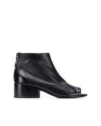 schwarze Leder Stiefeletten mit Ausschnitten von Marsèll