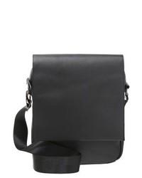schwarze Leder Umhängetasche von KIOMI