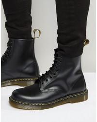 schwarze Lederstiefel von Dr. Martens