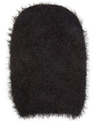schwarze Mütze mit Reliefmuster