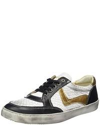schwarze niedrige Sneakers von Yellow Cab
