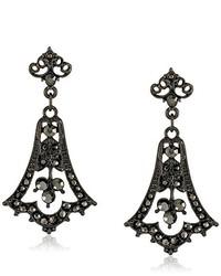 schwarze Ohrringe von Downton Abbey