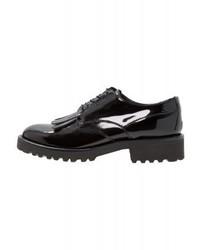 schwarze Oxford Schuhe von Minelli