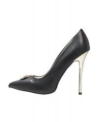 schwarze Pumps von Versace