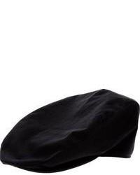 schwarze Schiebermütze