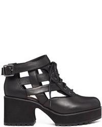schwarze Schnürstiefeletten aus Leder mit Ausschnitten von Shellys
