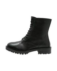 Schwarze Schnürstiefeletten aus Leder von Even&Odd