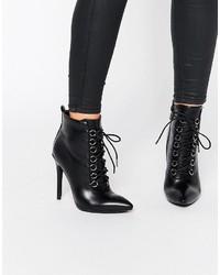 Schwarze Schnürstiefeletten aus Leder