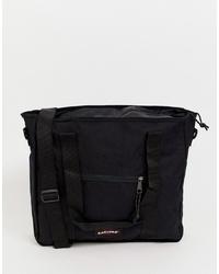 schwarze Shopper Tasche aus Segeltuch von Eastpak