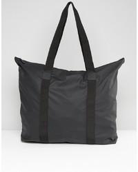 schwarze Shopper Tasche aus Segeltuch von Rains