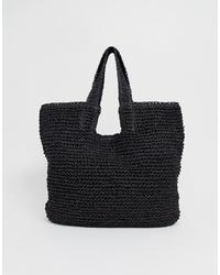 schwarze Shopper Tasche aus Stroh von Pull&Bear