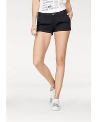 schwarze Shorts von AJC