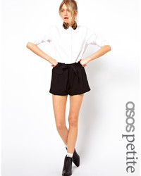schwarze Shorts von Asos Petite