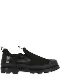schwarze Slip-On Sneakers aus Segeltuch