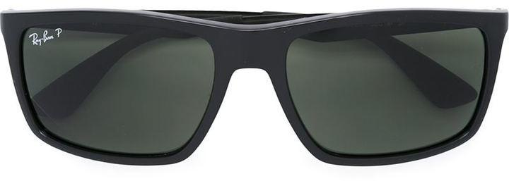 schwarze Sonnenbrille von Ray-Ban