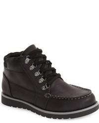 schwarze Stiefel aus Leder