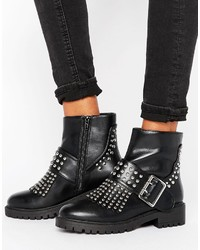 schwarze Stiefel von Missguided