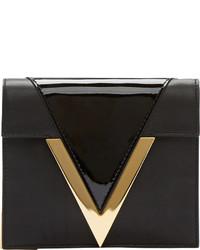 schwarze und goldene verzierte Leder Clutch von Versus
